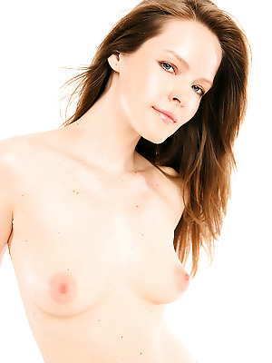 Watch4Beauty  Lilian White  Casting, Softcore, Erotic